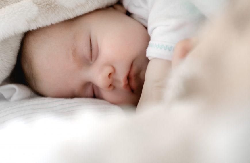 Trẻ 1 tháng tuổi – Một cái nhìn tổng quan