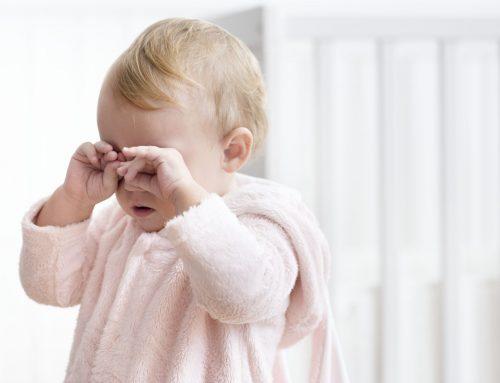 Trẻ bị cảm lạnh nên làm gì – Hướng dẫn đầy đủ cho cha mẹ