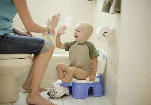 Chọn thời điểm để tập cho trẻ đi bô